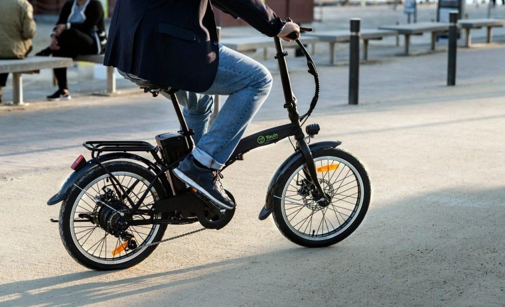 Bicicleta eléctrica Youin You-Ride Amsterdam. Paseo marítimo.